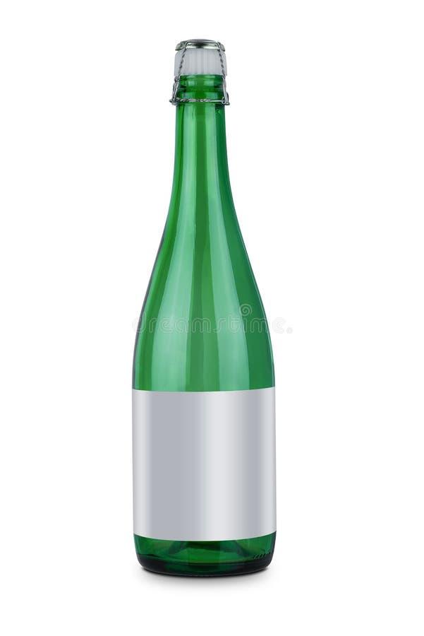 汽酒瓶和在白色背景隔绝的塑料酒停止者或者黄柏酒 免版税图库摄影