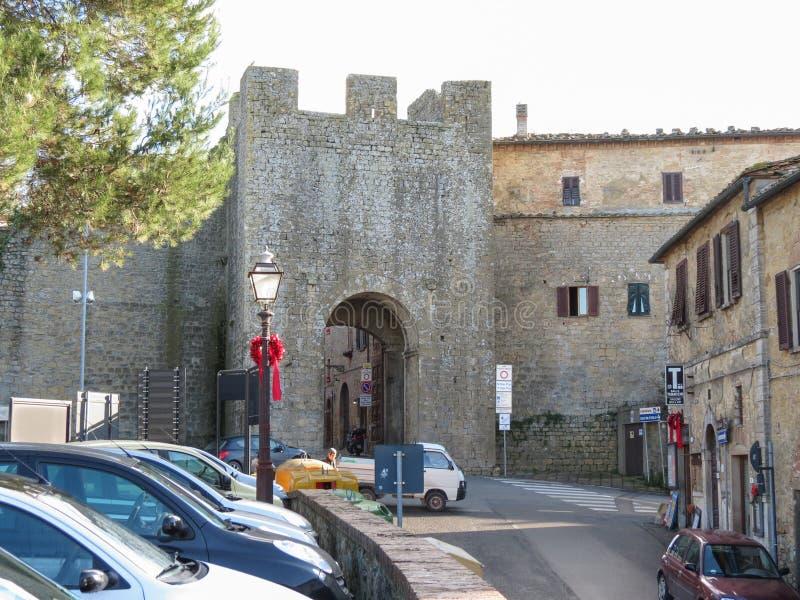 Download 沃尔泰拉,托斯卡纳,意大利 编辑类照片. 图片 包括有 矿物, 老化, 地平线, 石头, 布琼布拉, 城市 - 59102701