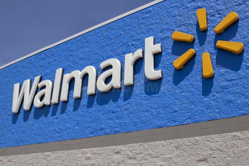 沃尔玛零售店 沃尔玛正在扩大其互联网和电子商务业务,以跟上竞争对手 库存照片
