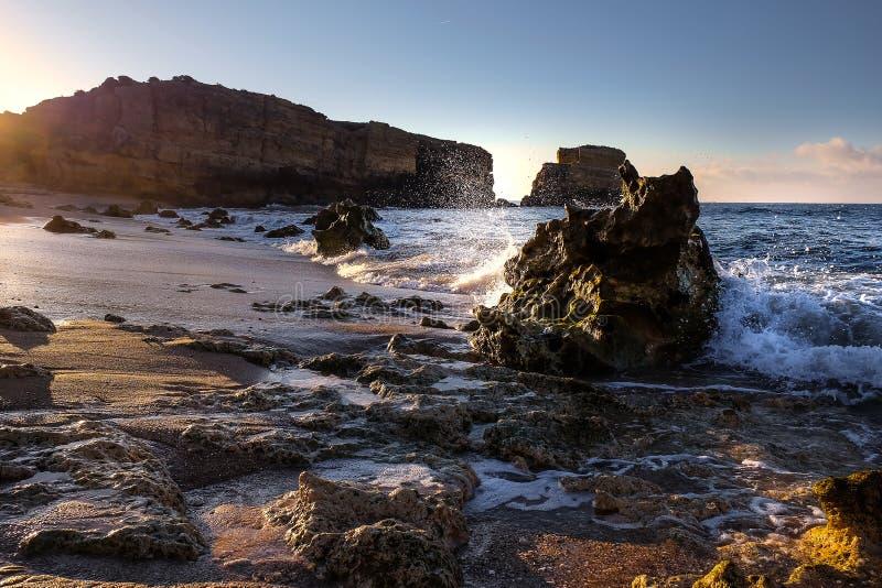 沈默日出在葡萄牙阿尔布费拉 免版税图库摄影