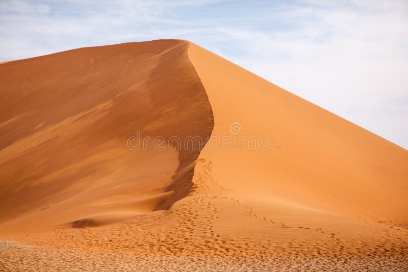 沙丘在纳米比亚沙漠 免版税库存图片