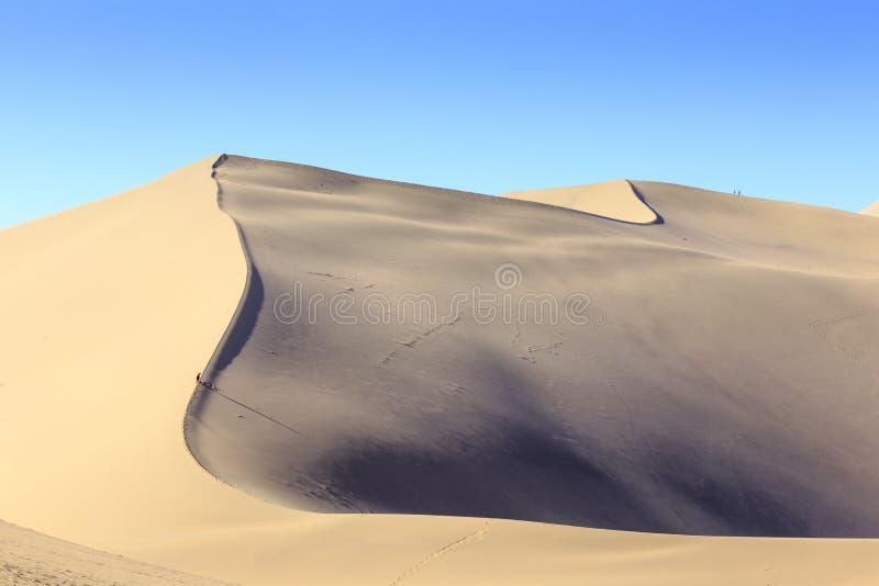 沙丘在隔壁滩在敦煌 免版税库存照片