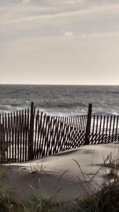 Download 沙丘篱芭 库存图片. 图片 包括有 沙丘, 幻觉, 光学, 操刀, 重叠, 范围 - 72353033