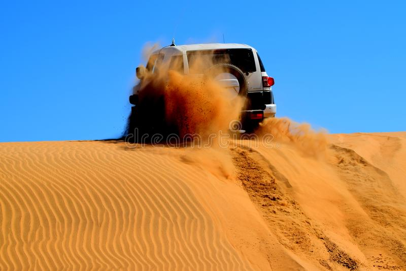 沙丘4x4 库存图片