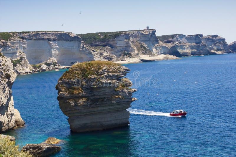 沙在海岸线, Bonifacio,可西嘉岛,法国的 库存照片