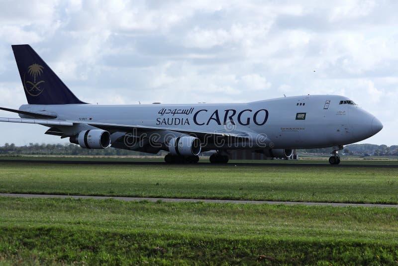 沙地阿拉伯航空在机场,阿姆斯特丹机场,AMS的货机着陆 图库摄影