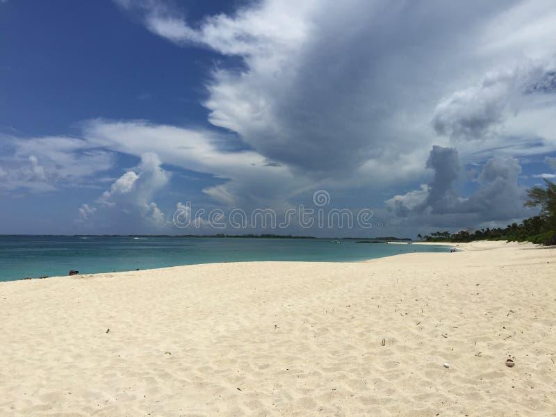 沙子和云彩 库存图片