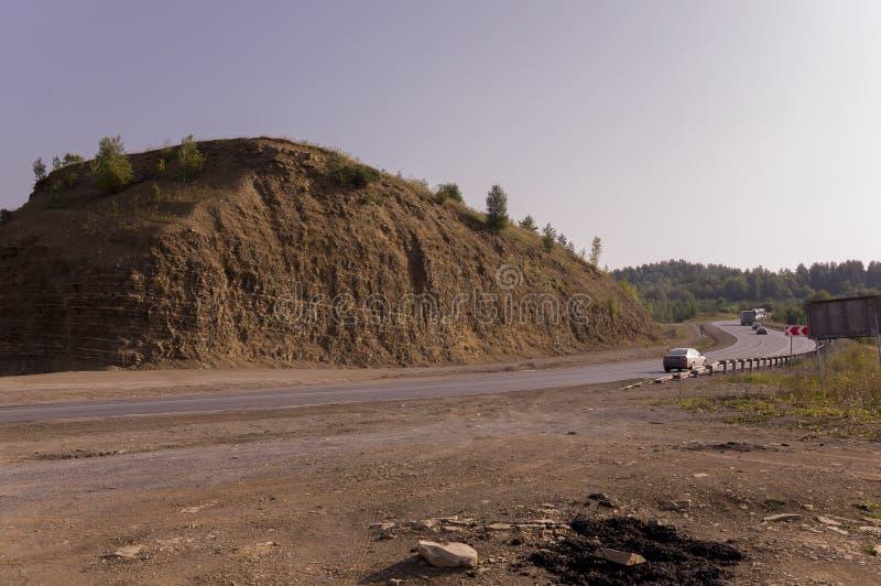 沙子山 乌拉尔风景 browne 沙漠喜欢 免版税库存照片