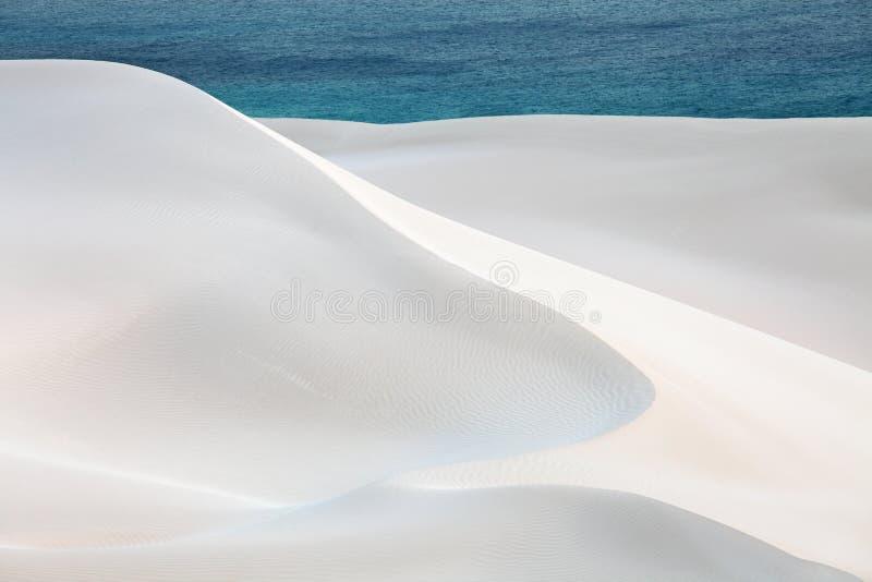 沙子沙漠和海洋 免版税图库摄影