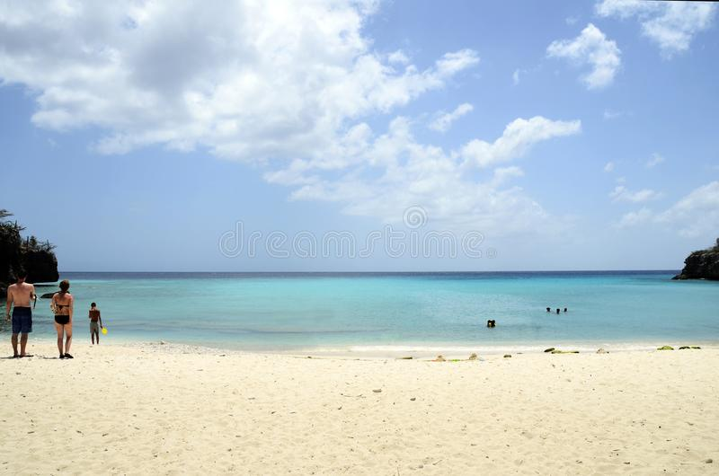 沙子海滩在库拉索岛 图库摄影