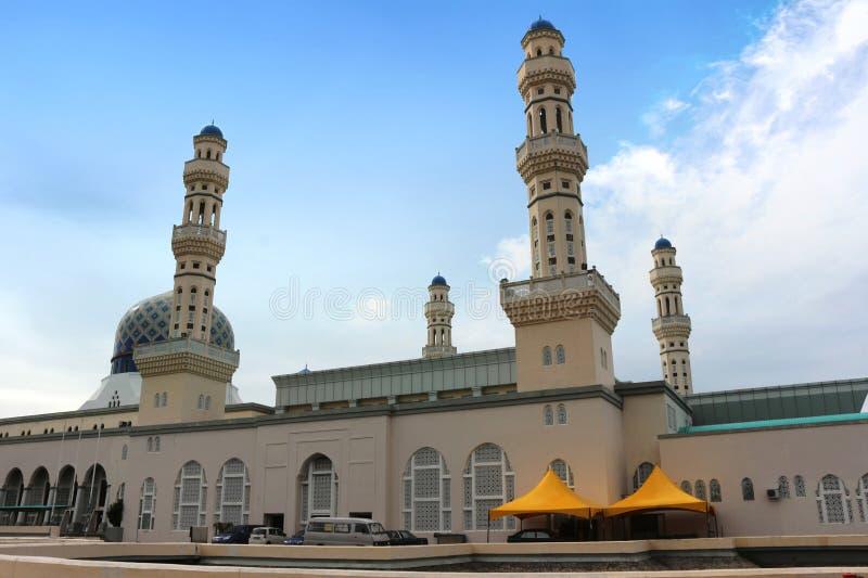 沙巴的婆罗洲马来西亚亚庇市浮动清真寺 免版税库存图片