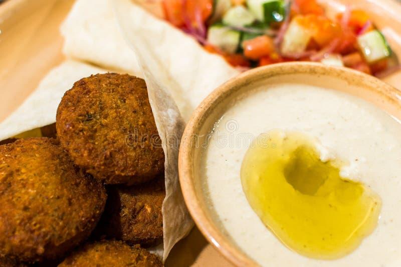 沙拉三明治用沙拉和调味汁 库存图片