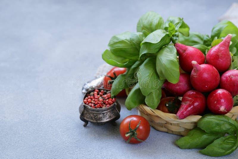 沙拉的新鲜蔬菜 免版税库存照片