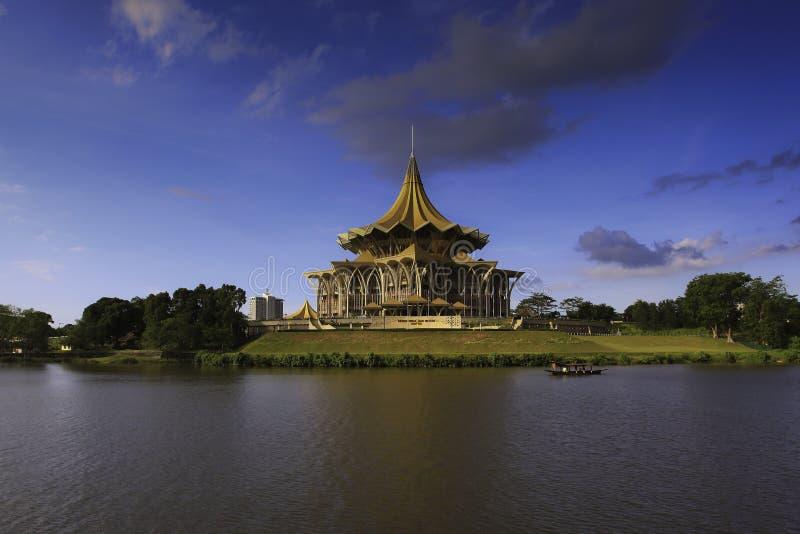 沙捞越州议会大厦 免版税库存照片
