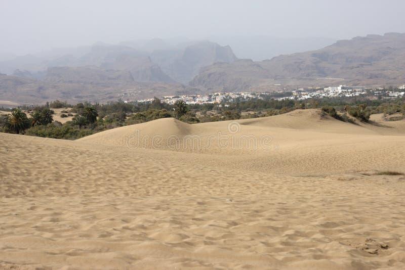 沙漠和在Gran Canaria,加那利群岛,西班牙的火山的山 库存照片