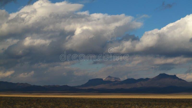 沙漠在秋天 库存图片