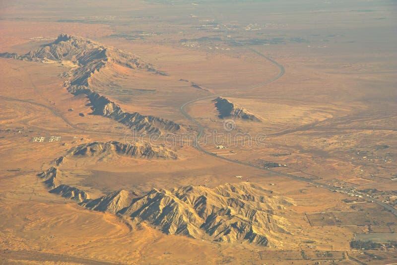 沙漠山结算 免版税库存照片