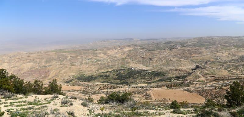 沙漠山风景,约旦,中东 免版税库存图片