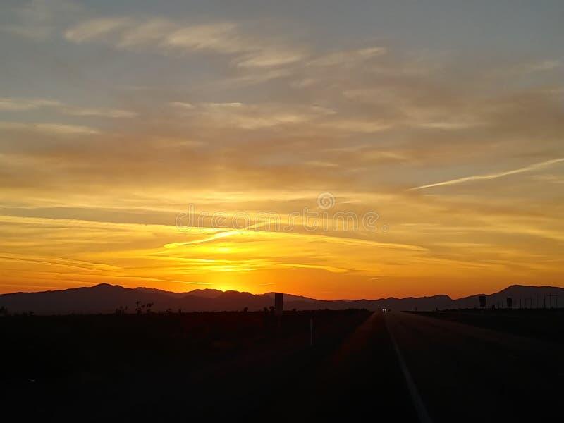 沙漠日落在内华达 免版税图库摄影