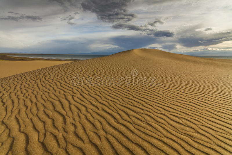 沙漠风景的美丽的景色 戈壁 图库摄影
