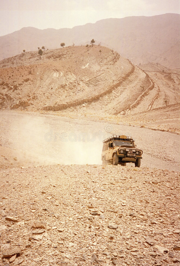 沙漠驱动 免版税库存图片