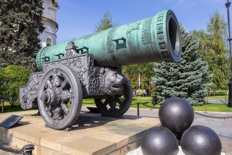 沙皇大炮在夏天 克里姆林宫莫斯科 图库摄影