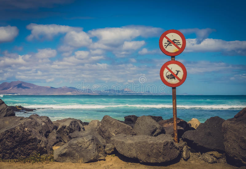 没有游泳,没有渔 免版税库存图片