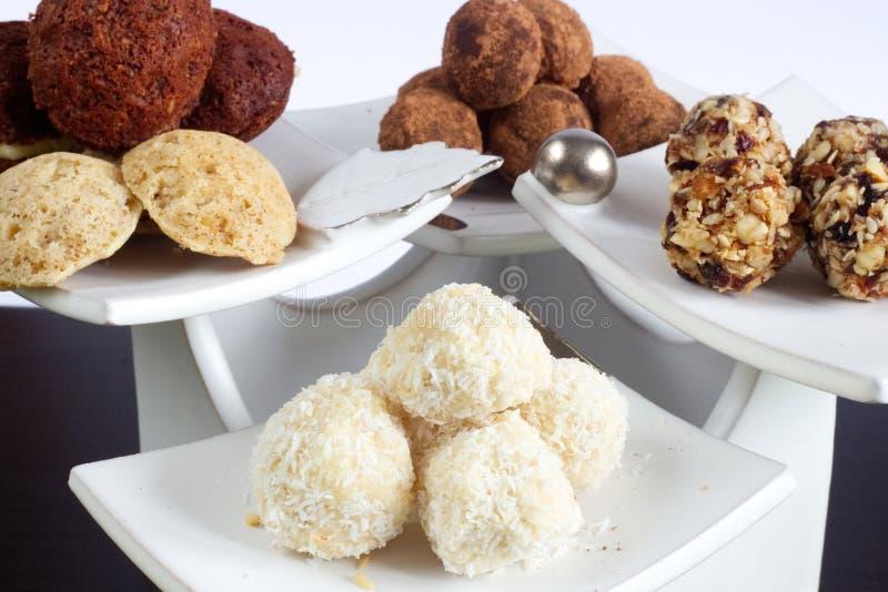 没有牛奶、面筋和另外的糖的手工制造圣诞节甜点 免版税图库摄影