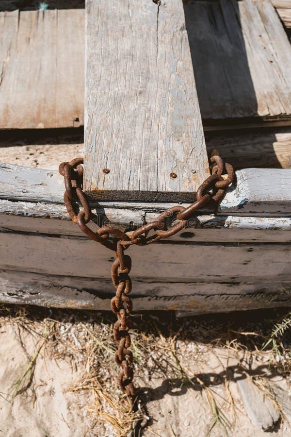 没有马达的木渔船 免版税库存照片
