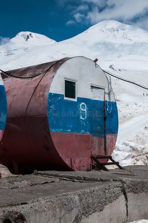 没有Elbrus的桶 9 免版税库存照片
