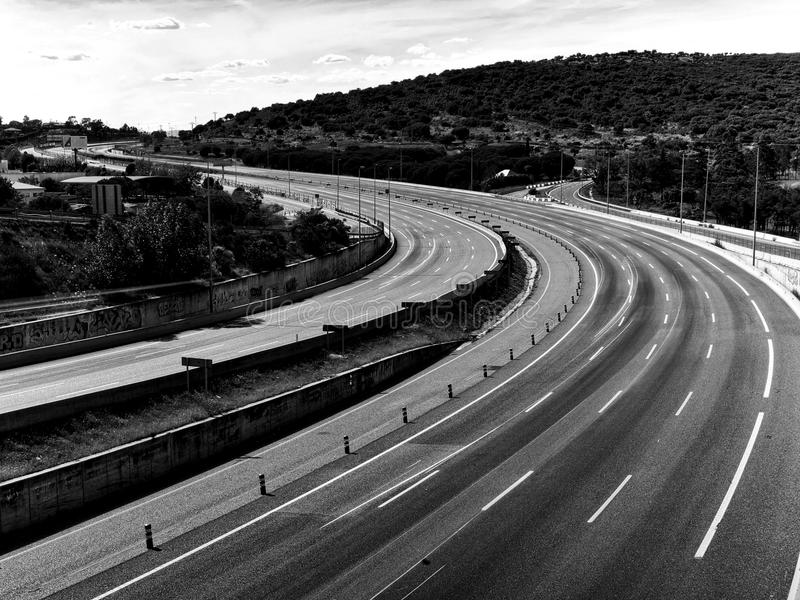 Download 沥青蛇 库存照片. 图片 包括有 bulfinch, 公共汽车, 曲线, 涂柏油的, 速度, 汽车, 延长 - 72363618