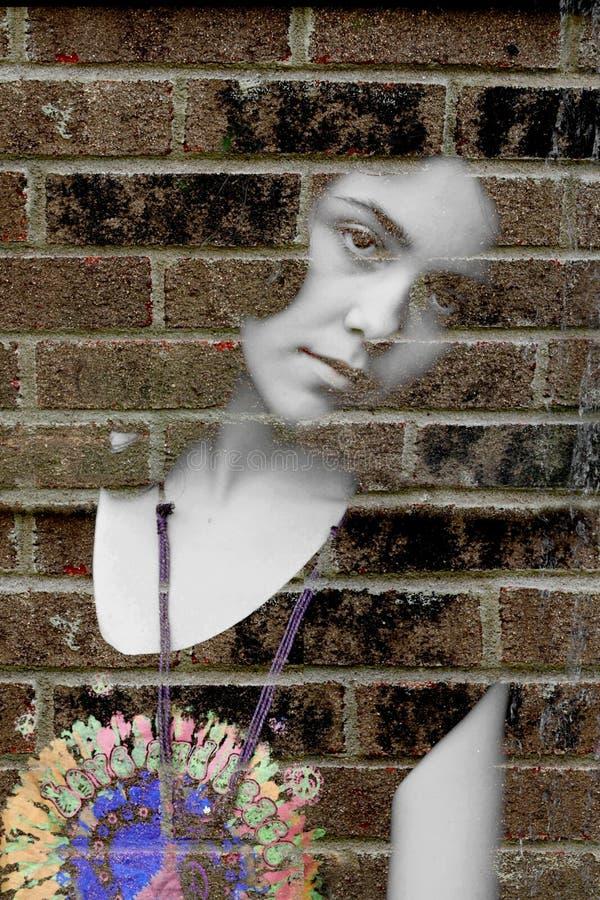 沮丧的哀伤的妇女年轻人 免版税库存照片