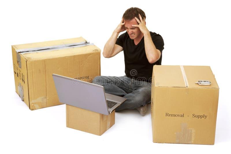 沮丧的家庭房子搬家工人新所有者 免版税库存图片