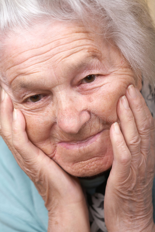 沮丧的高级妇女 图库摄影