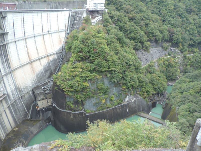 河又水坝在日本 免版税库存图片