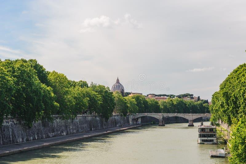 河台伯河流经的罗马 图库摄影