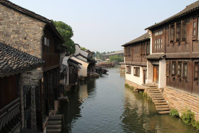 河和湖中国土地  库存照片