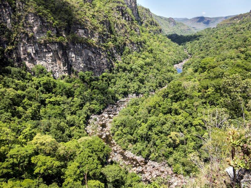 河在Chapada dos Veadeiros国家公园 库存照片