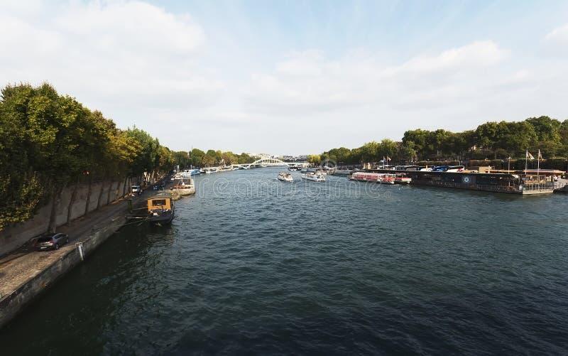 巴黎 河塞纳河 免版税库存照片