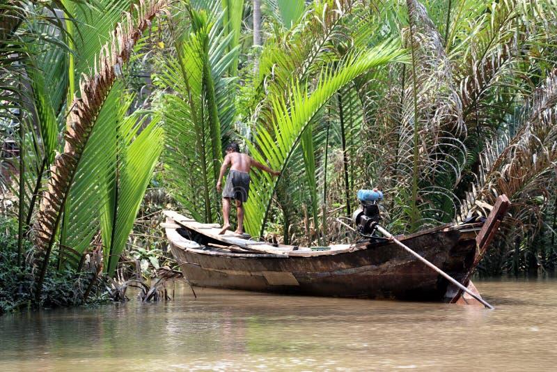 河的湄公河-越南亚洲渔夫 图库摄影