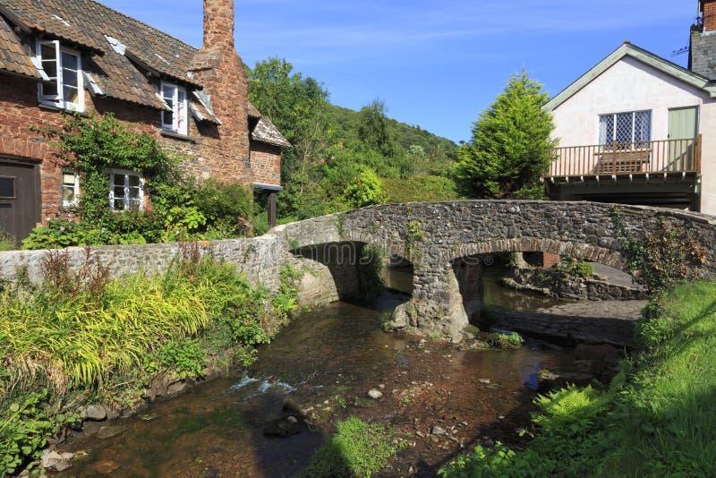 河的看法在Allerford,英国 免版税库存照片