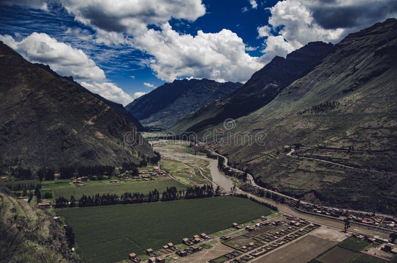 河从Pisaq的Vilcanota视图 库存照片