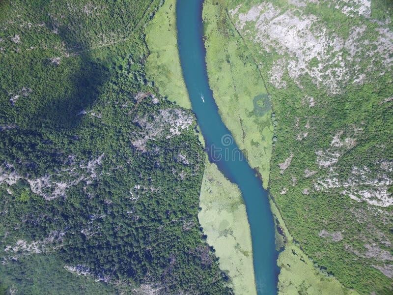 河Crnojevica,黑山峡谷  免版税图库摄影