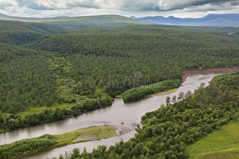 河Zhupanova 克罗诺基火山在堪察加半岛的自然保护 免版税库存图片