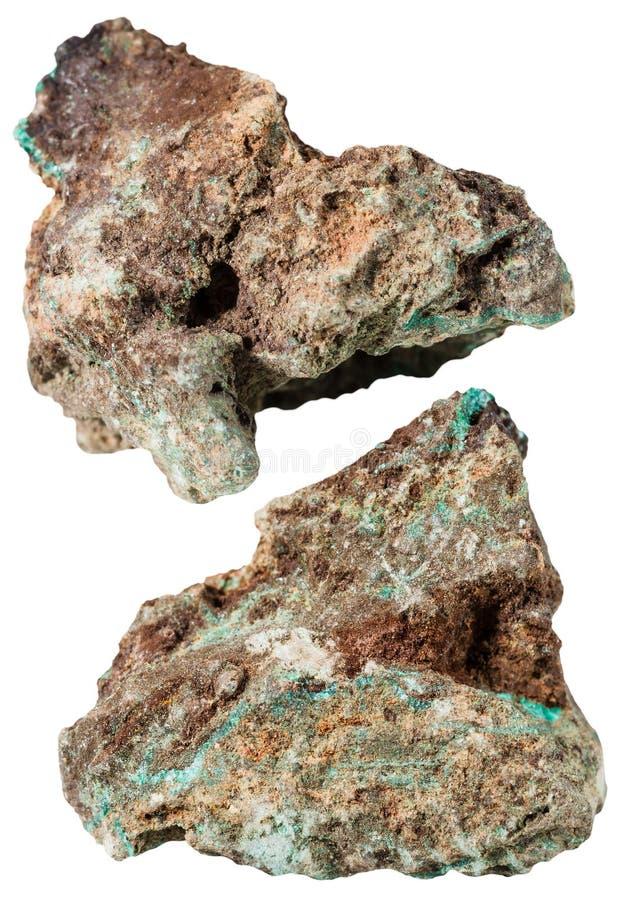 绿沸铜矿物石头两个片断  库存图片