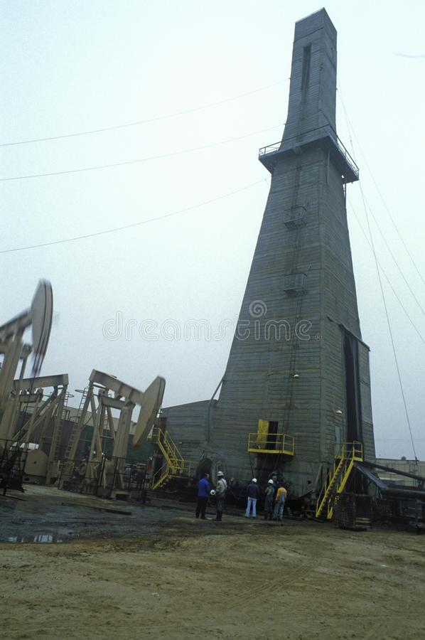 油井都市在托兰斯, Delamo Company,加州 免版税库存照片