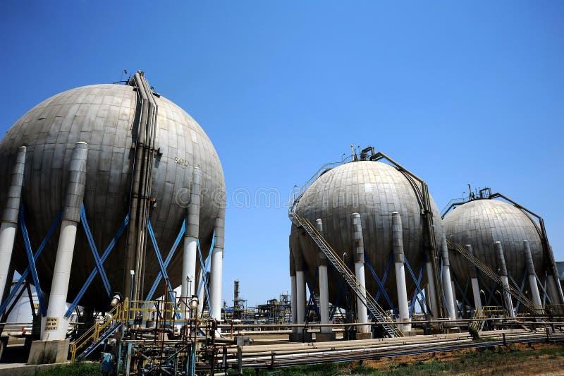 油和煤气大型炼油厂 库存图片