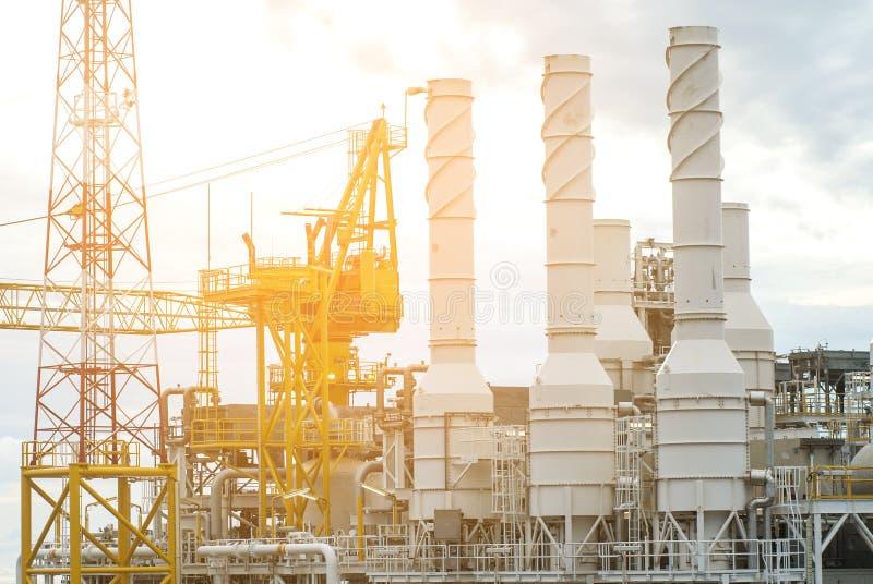 油和煤气平台在海湾或海,世界能量, O 免版税图库摄影
