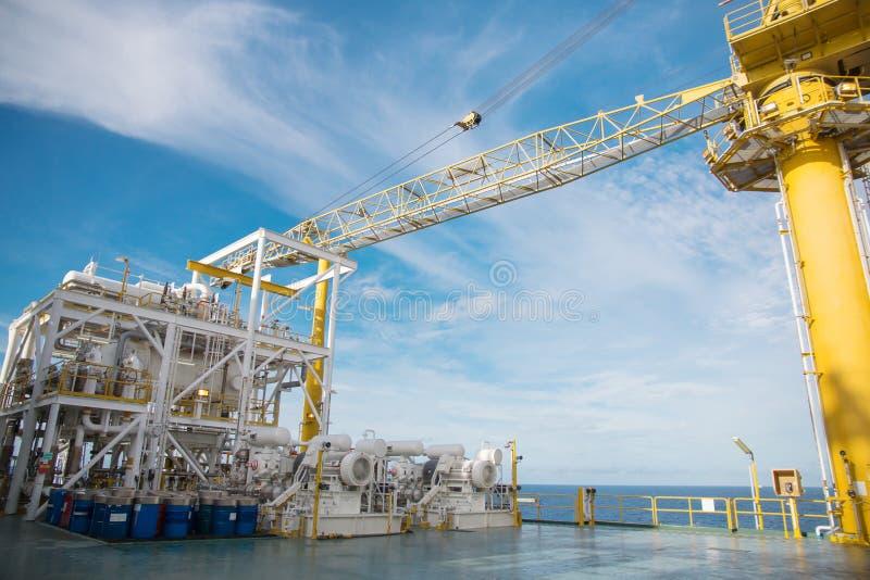 油和煤气平台在海湾或海,世界能量, O 库存照片