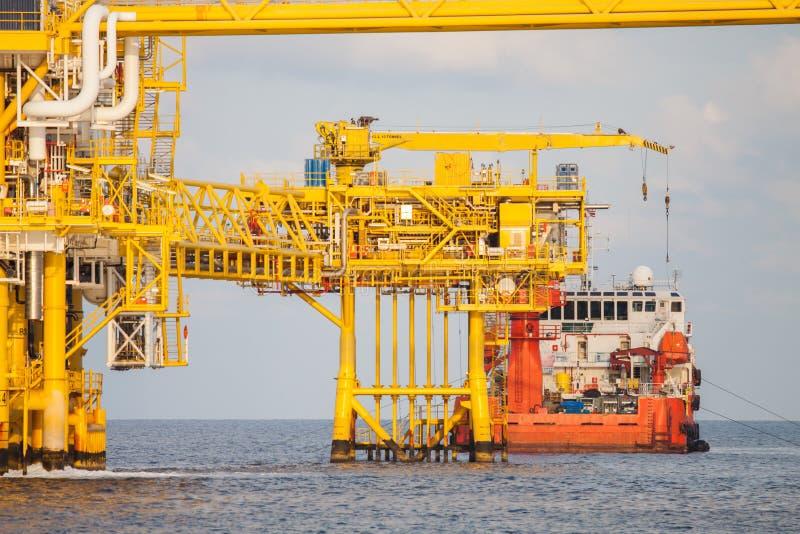 油和煤气平台在海湾或海,世界能量 库存图片